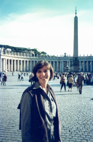 Roma. Barbara Calabi in Saint Peter Square, in front of the church.