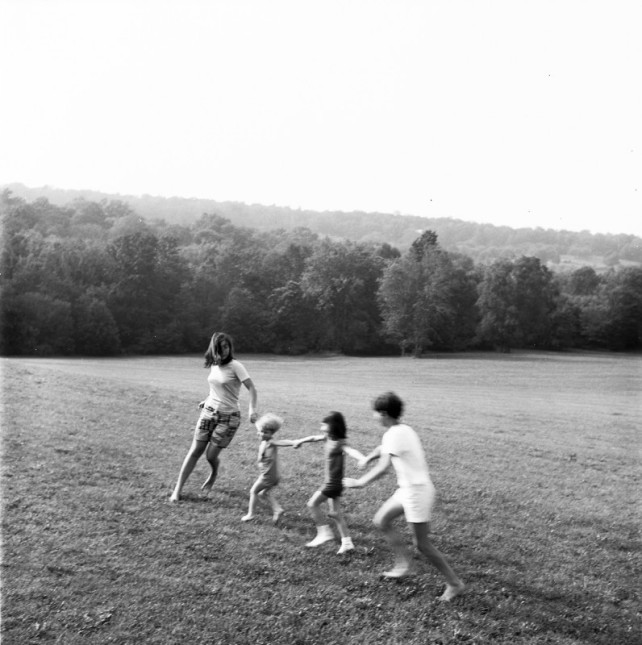 RHODA BLATE MOGUL 1967, photograph of her children